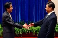 Los líderes de China y Japón se reúnen tras dos años de tensión