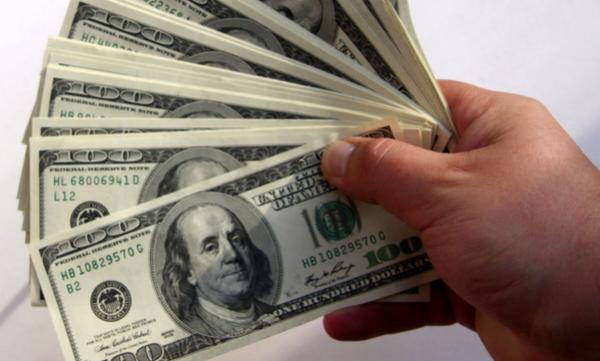 El desempleo afecta tanto al dólar que termina arrastrando consigo a todos los índices bursátiles