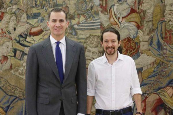 Felipe VI con Pablo Iglesias