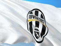 Cristiano Ronaldo ficha por la Juventus, que paga 105 millones por el luso