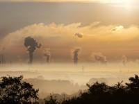 Irán también tiene que imponer medidas restrictivas por alarma de contaminación