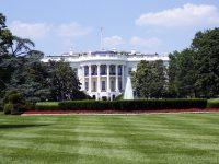 Amancio Ortega se acerca a la Casa Blanca