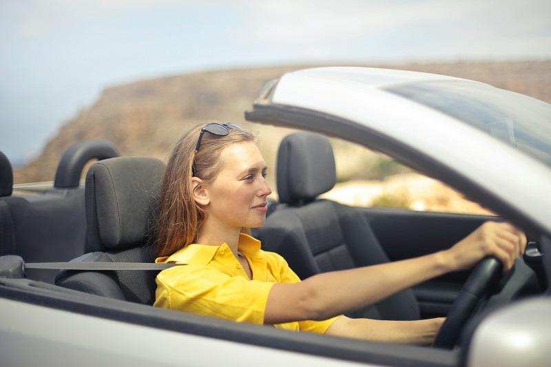 Seguros de coches de Hello Auto